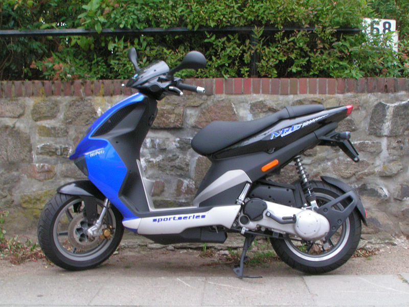 Piaggio NRG Power DT -Michail Jungierek